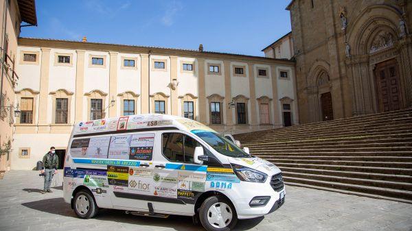 Nuovo Ford Custom per la Misericordia di Arezzo