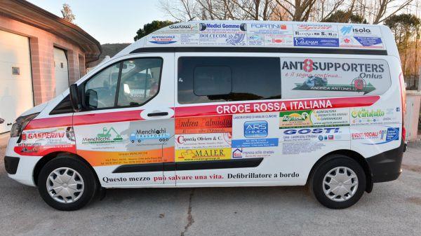 Consegna Ford Custom Croce Rossa Comitato Valnestore